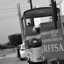 Antiga locomotiva da Ferrovia Leste Brasileira virou atração turística. Foto: Natália Silva