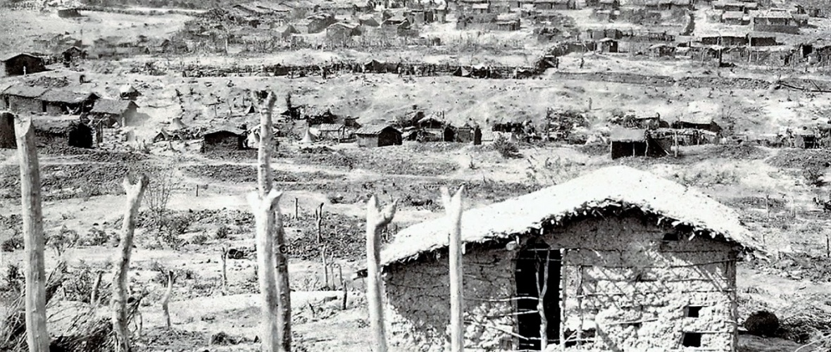 Habitações do lado sul de Canudos. Foto: Flávio de Barros/Acervo do Museu da República