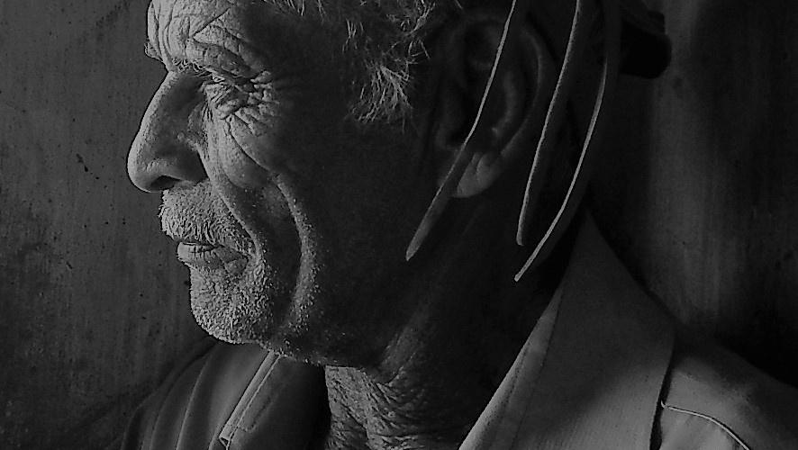 Dono de propriedade na localidade de Angicos, trabalha no campo desde criança. Hoje tem 74 anos. Foto: Paulo Oliveira