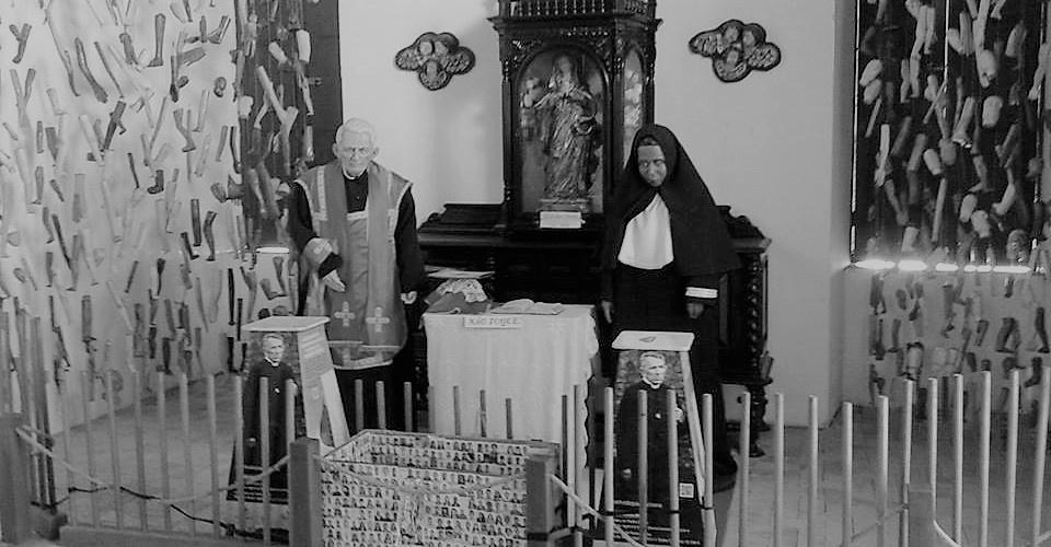 Imagem de padre Cícero e a beata Maria de Araújo. Foto: Luiz S. Britto