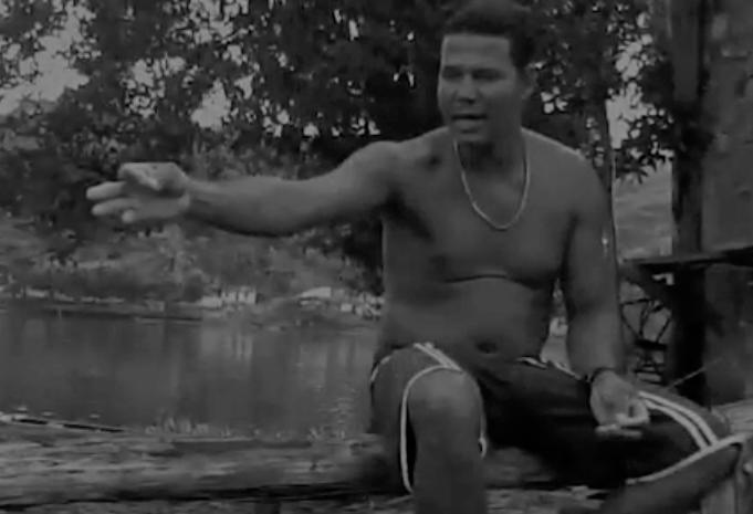 O pescador Édson: conta uma experiência tenebrosa. Reprodução de vídeo de Helenita Monte de Hollanda