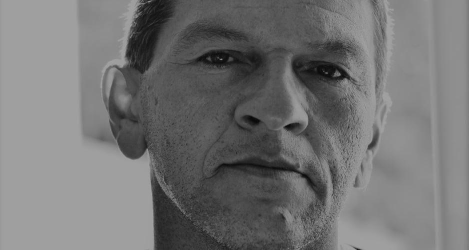 Pedro Jorge, vigilante da UFC, fez um curso na Casa Amarela e se apaixonou pela fotografia. Álbum de família