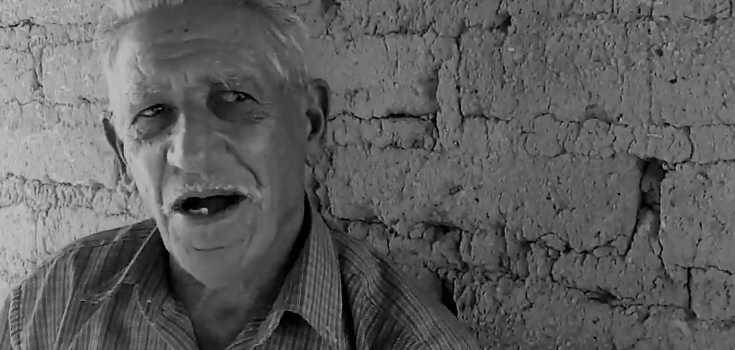 Germínio Mendonça Ferreira, seu Moreno, de Mucugê. Reprodução do vídeo de Helenita Monte de Holanda.