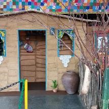 Memorial - Casa de barro