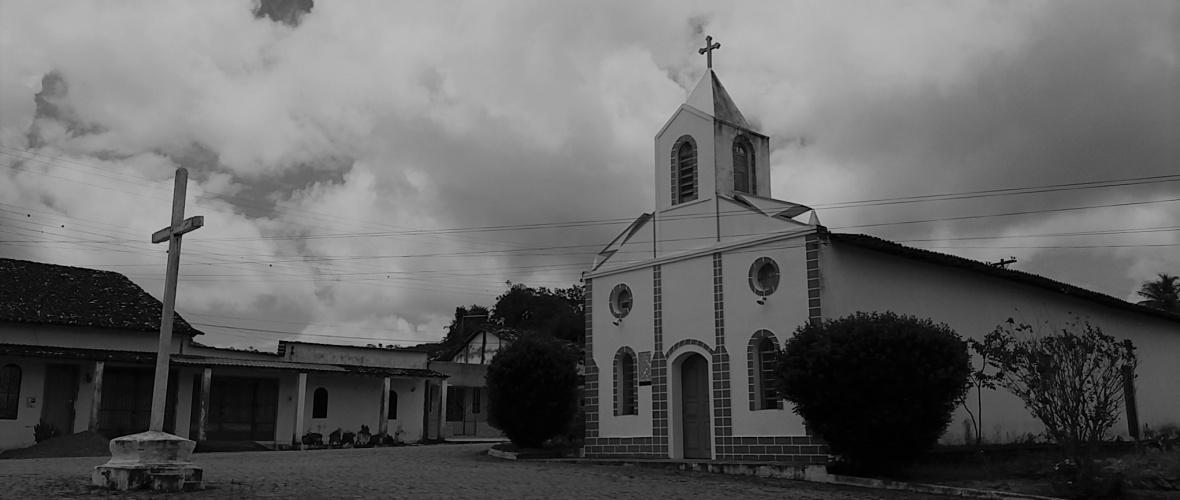A Igreja de Nossa Senhora de Nazaré de Pedra Branca, distrito de Santa Teresinha (BA), é mantida pelos moradores do lugar. Foto: Paulo Oliveira