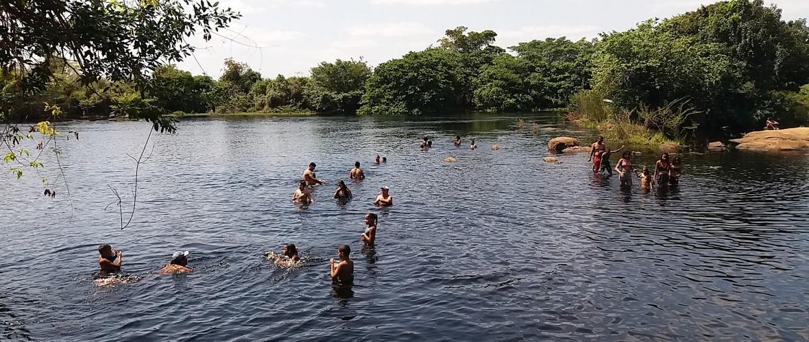 É preciso ter cautela na hora de banhar-se no rio Paraguaçu. Foto: Paulo Oliveira
