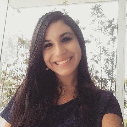 Camila Gabrielle, 21 anos, estudante de jornalismo. Reprodução do Facebook