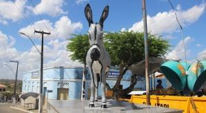 Monumento ao jegue. Foto: Camila Gabrielle