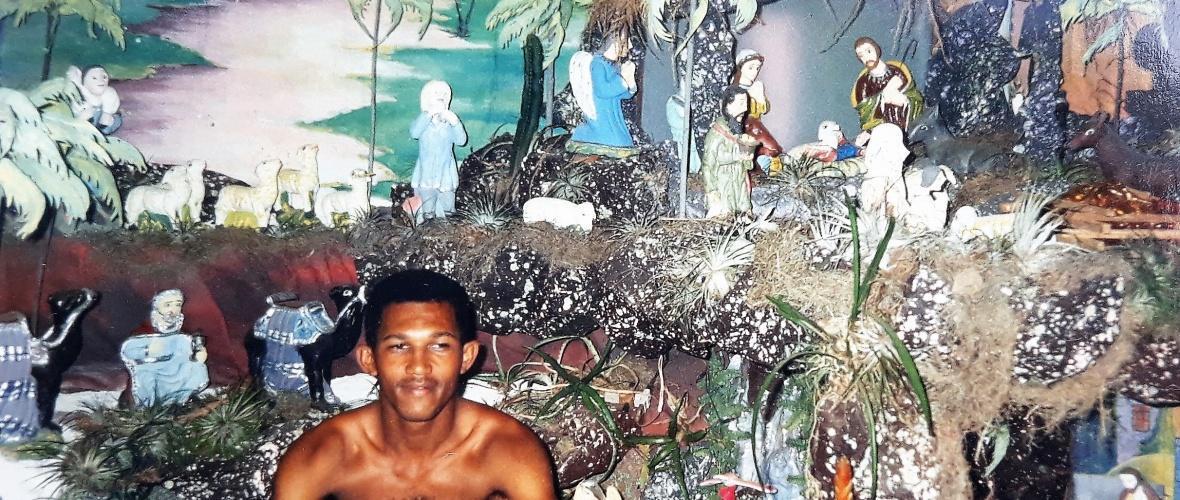 Reprodução da foto de um dos antigos presépios montado na sala da casa de Gilberto.