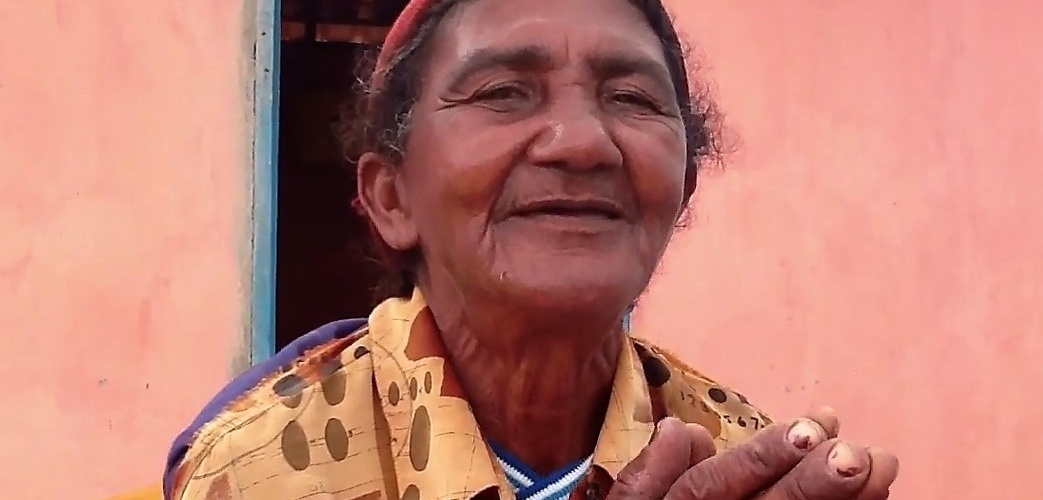 Dona Angelina, moradora de Tucano. Foto: Helenita Monte de Hollanda