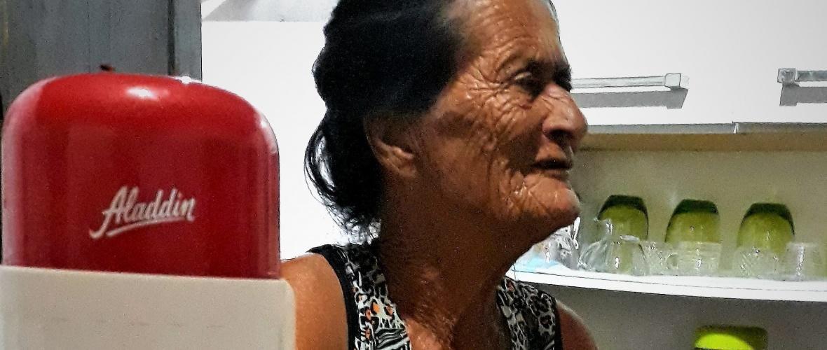 Tiana, moradora de Capinal Salvador, em Malhada de Pedras. Foto: Paulo Oliveira