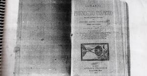Ed gastou R$ 59 para tirar xerox da edição de 1901 do Lunario Perpétuo. Foto: Paulo Oliveira