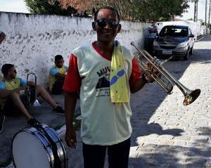 Janílton lidera a orquestra Muvuka. Foto: Paulo Oliveira