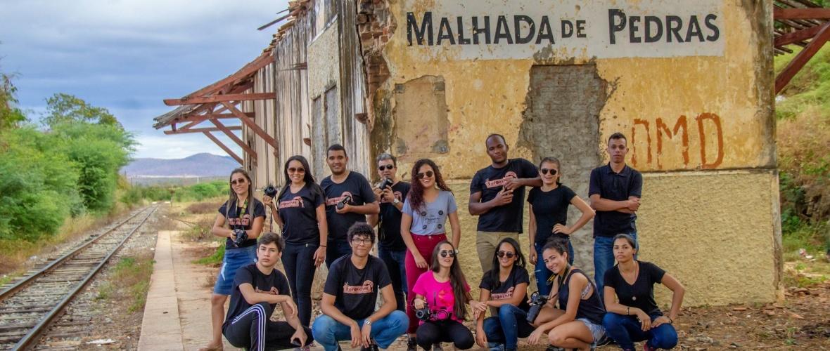 Turma 2019.1 do curso técnico em processos fotográficos do Colégio Modelo de Guanambi. Foto: Edna Pereira
