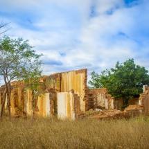 Ruínas da casa de Leopoldino Pereira, Faz. Itamaraty, séc. XX – Luana Andrade