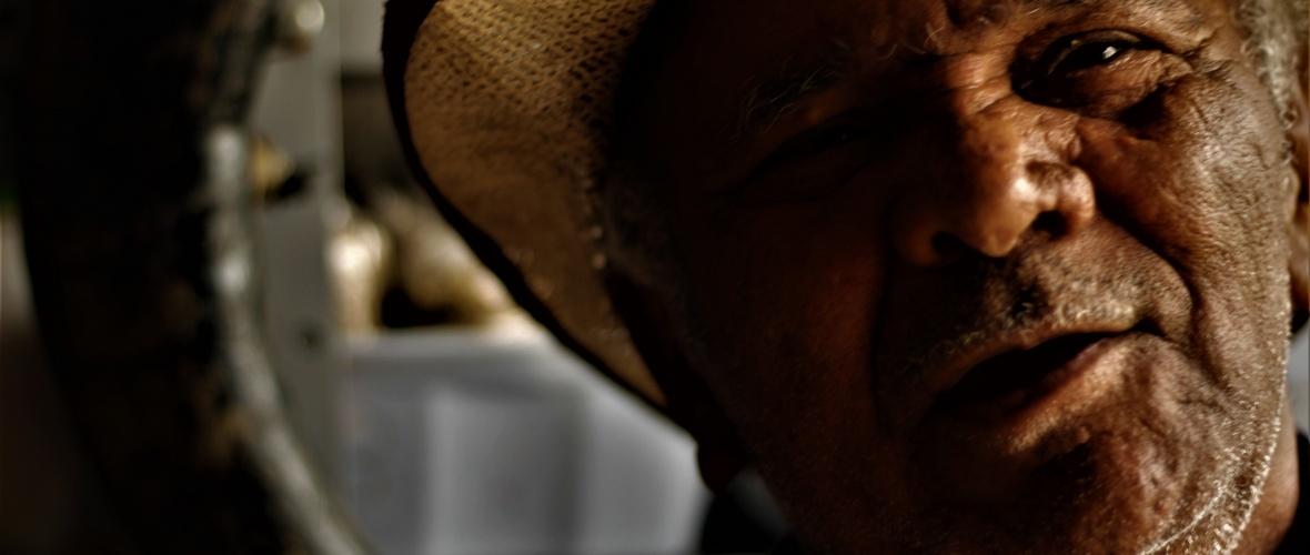 Sebastião abandonou a umbanda porque não queria trabalhar com a linha negativa da umbanda. Foto: Paulo Oliveira