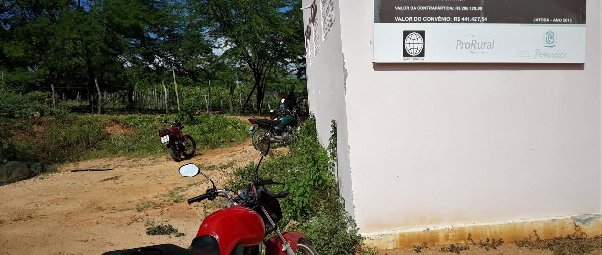Os associados iam trabalhar a pé. Hoje vão de moto. Foto: Paulo Oliveira