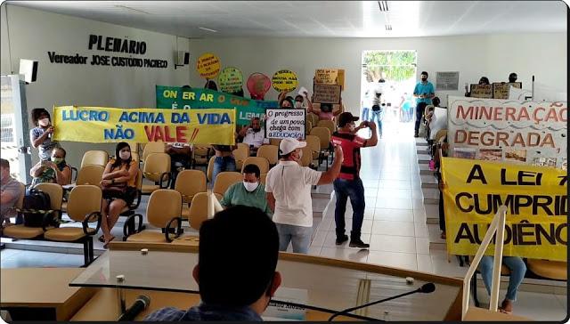 Protesto na Câmara de Sento-Sé. Foto: Blog Leonardo Rodrigues