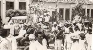 São João do passado: desfile de carroças e casamento de Maria. Reprodução do Instagram