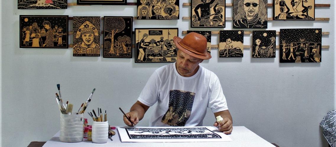 Pita trabalhando. Foto do Instagram do artista